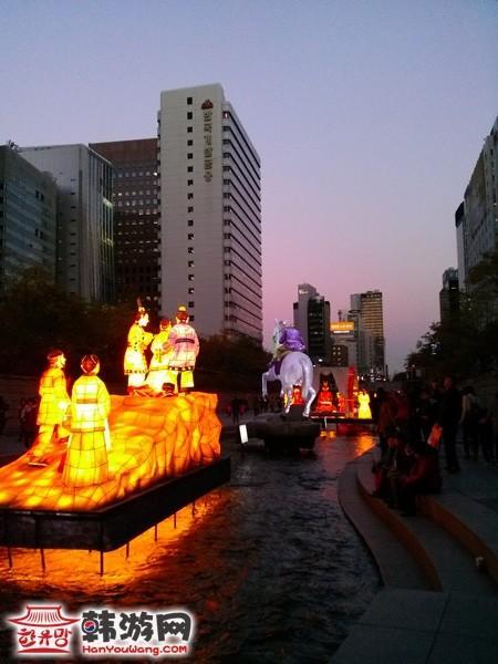 广场晚上灯光效果图