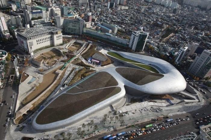 首尔东大门新地标——设计广场(ddp)3月21日在首尔开馆